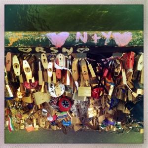 Pont de L'Archeveche 6:20pm