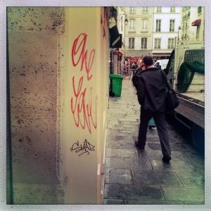 Rue Saint Paul 9:33am