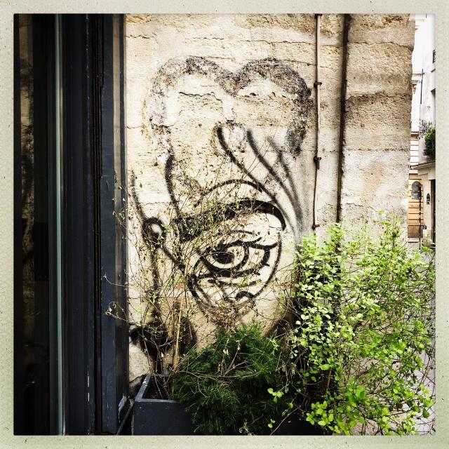 LOVE CITY. 10 Rue Française. 1:01pm.
